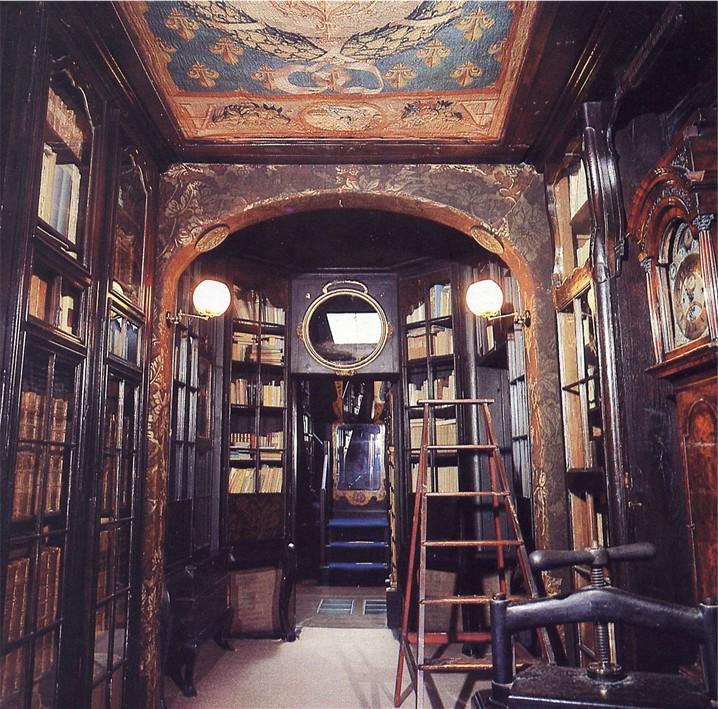 Deuxieme etage hauteville house maison d 39 exil de victor for La maison de la bibliotheque